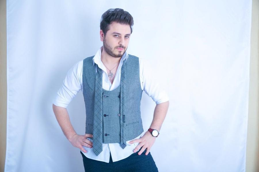 Nurlan Təhməzli yeni mahnısını təqdim etdi - video